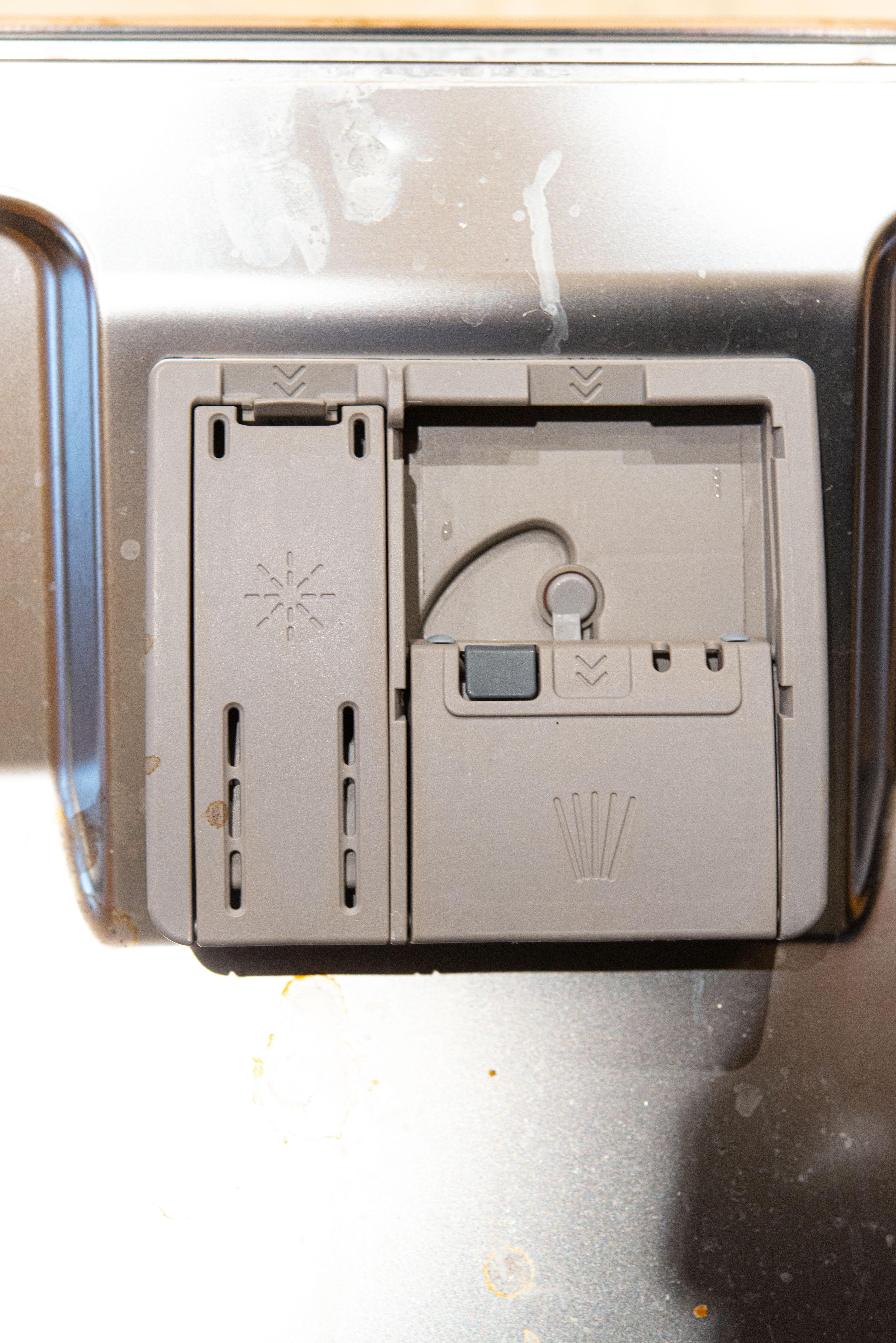Dish washer locks.